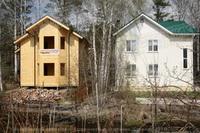 Канадский дом в саду из SIP панелей